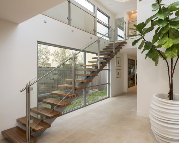 M-and-M-Lowe-Constructions-custom-home-builders-Bayside-Melbourne-Stairs