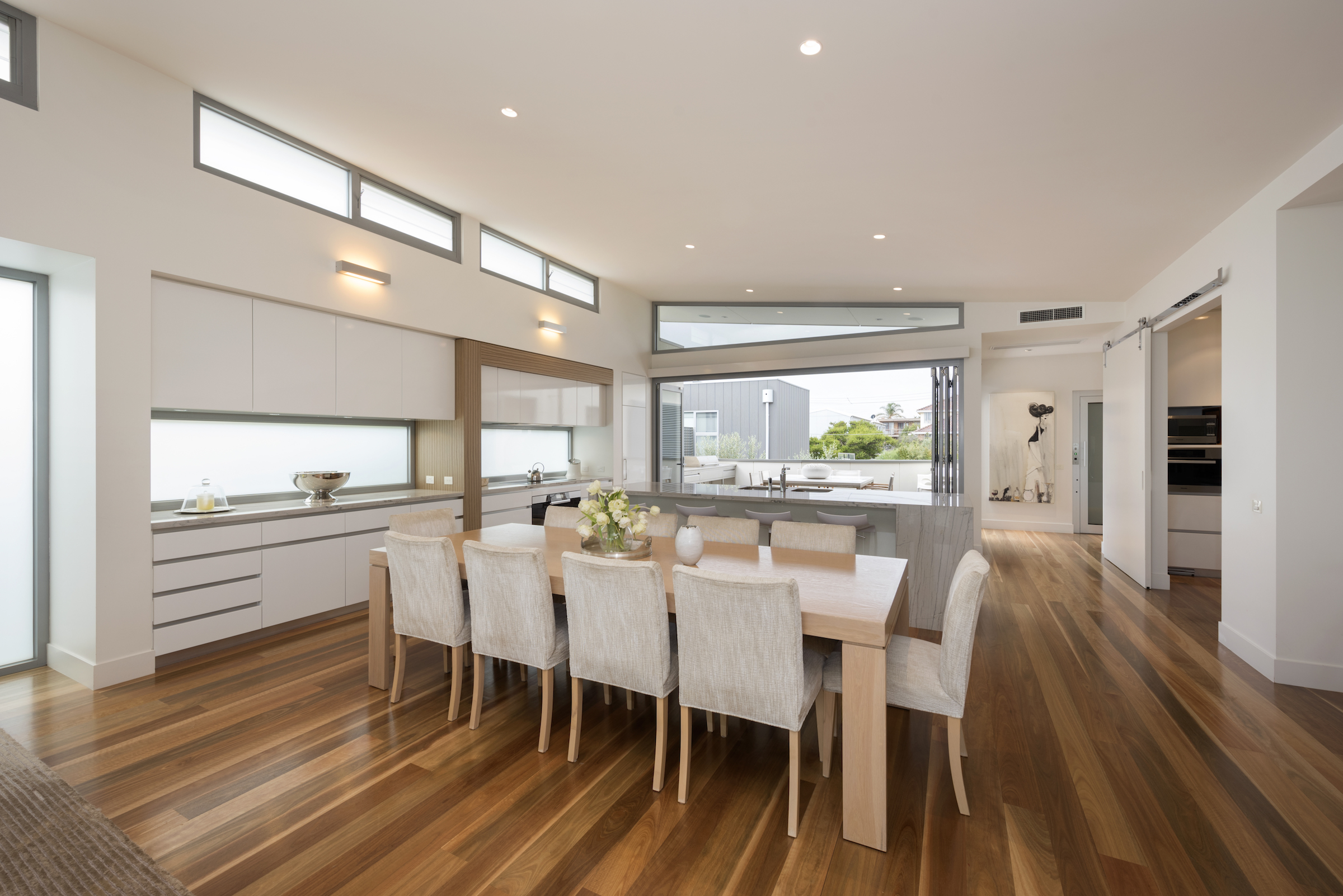 M-and-M-Lowe-Constructions-custom-home-builders-Bayside-Melbourne-living-full
